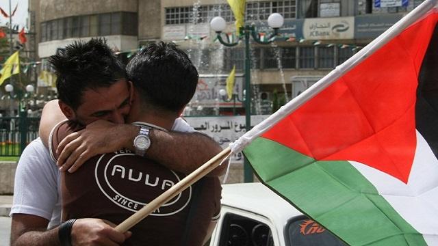 وصول أبو مرزوق إلى غزة وتأكيدات من فتح وحماس على ضرورة إنجاح المصالحة