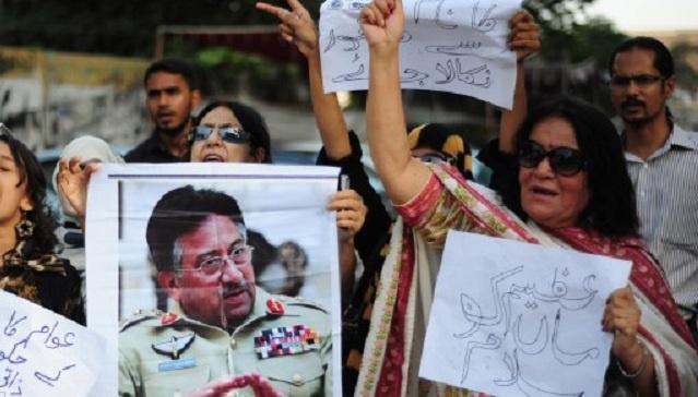 المحكمة العليا في السند الباكستاني تنظر في طلب مشرف للسماح له بمغادرة البلاد