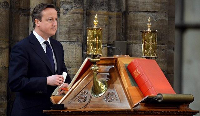 شخصيات بريطانية عامة تتهم كاميرون بتذكية الانقسامات الطائفية