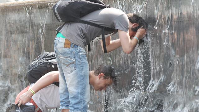 تحديد اسباب الارتفاع الشاذ لدرجات الحرارة في روسيا صيف عام 2010