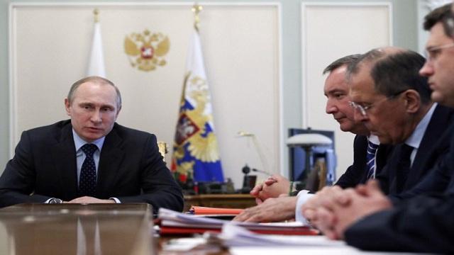 بوتين: ضرورة تعزيز الأمن البحري للحدود الروسية في القطب الشمالي