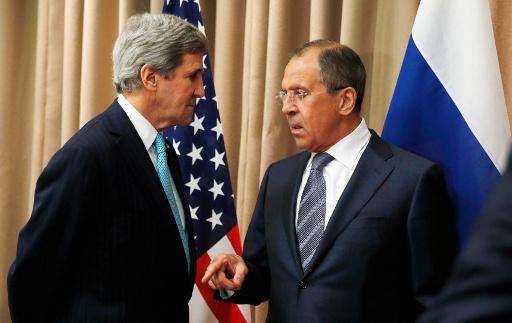 لافروف يؤكد لكيري ضرورة بدء كييف فورا بتنفيذ اتفاق جنيف