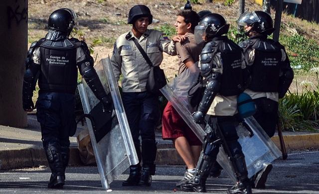 فنزويلا.. اعتقال 9 أشخاص بتهمة تمويل