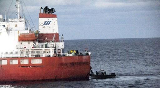 قراصنة يهاجمون ناقلة نفط يابانية قبالة سواحل ماليزيا ويخطفون 3 من طاقمها