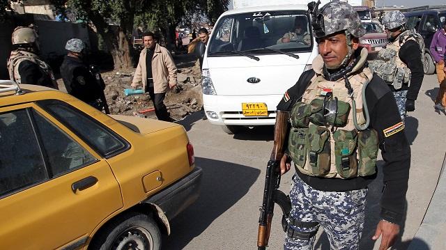 مقتل 13 شخصا في أعمال عنف متفرقة في العراق واستهداف موكب وزير التربية