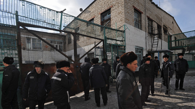 سهام الحشيش تطلق على سجن في تترستان