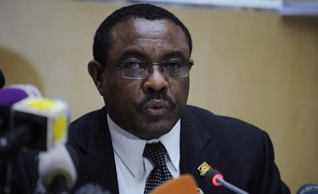 رئيس الوزراء الإثيوبي يدعو مصر إلى الكف عن الضجيج