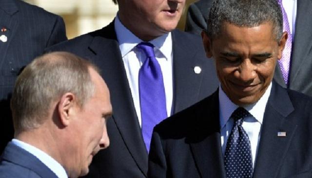 أوباما يؤكد أنه سيُنقذ بوتين في حال غرقه