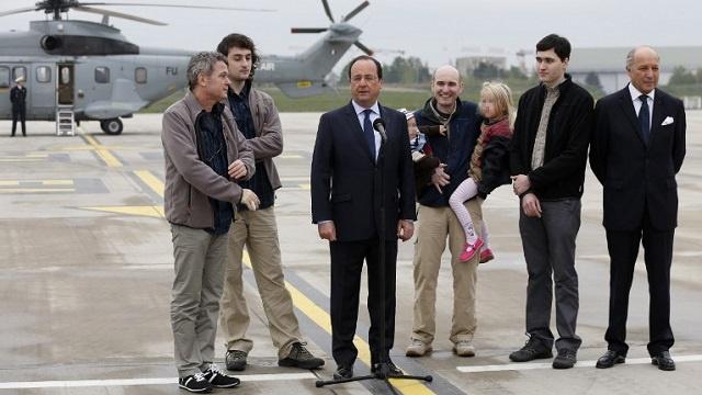 باريس دفعت 18 مليون دولار للإفراج عن الصحفيين الفرنسيين