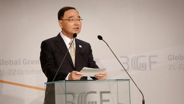 رئيس الوزراء الكوري الجنوبي يستقيل على خلفية غرق العبارة