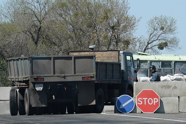 نظام كييف يؤكد احتجاز معارضيه بشرق أوكرانيا ثلاثة ضباط أمن قاموا بمهمة خاصة