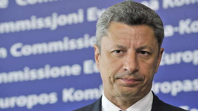 مرشح لرئاسة أوكرانيا يدعو كييف إلى بدء الحوار مع موسكو