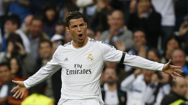 أوين: رونالدو هو أعظم لاعب في تاريخ ريال مدريد
