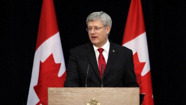 كندا تعلن فرض عقوبات جديدة على روسيا بسبب الأحداث الأوكرانية