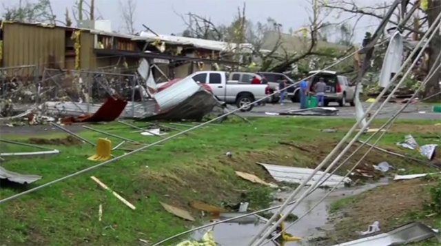 7 قتلى في أعاصير ضربت ولايتي ألاباما وميسيسيبي جنوب الولايات المتحدة