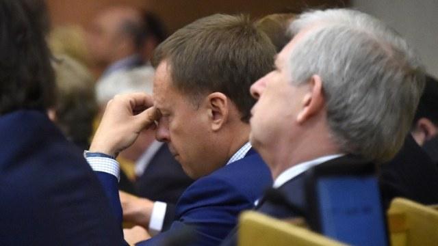 الاتحاد الأوروبي ينشر قائمة عقوباته الموسعة على روسيا وشرق أوكرانيا يهدد بحظر دخول الأوروبيين