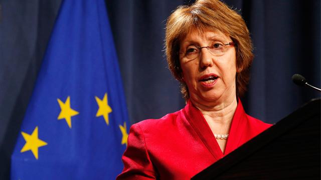 آشتون تعبر عن قلقها من تدهور الأوضاع الأمنية شرق أوكرانيا