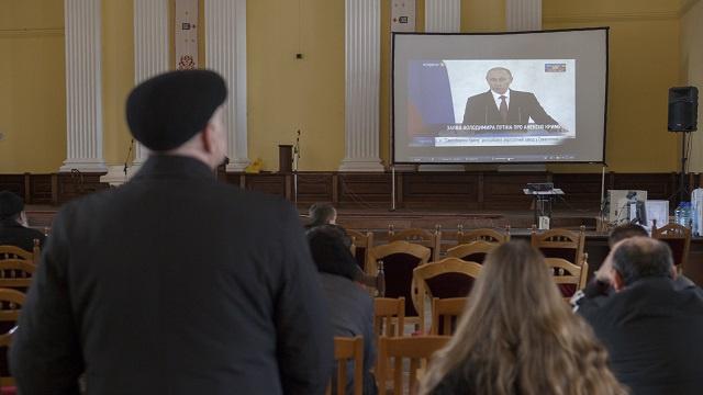 موسكو: لا يمكن اعتبار أوكرانيا دولة ديموقراطية بعد قمع وسائل الاعلام الروسية هناك