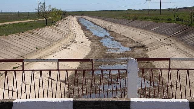 موسكو: تقليص كييف إمدادات المياه إلى القرم يدل على موقفها غير الودي إزاء سكان شبه الجزيرة