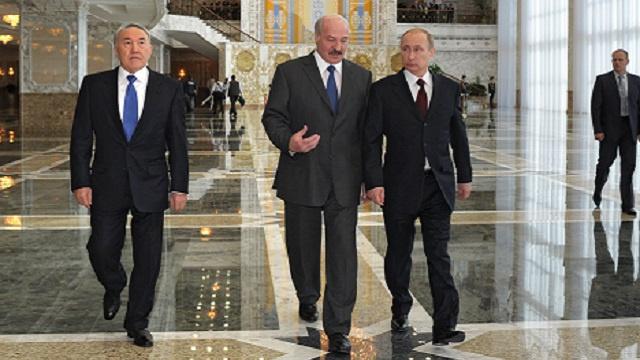 بوتين: روسيا وكازاخستان وبيلاروس ستجد حلا للمسائل المعيقة لعقد معاهدة الاتحاد الاقتصادي الأورآسي