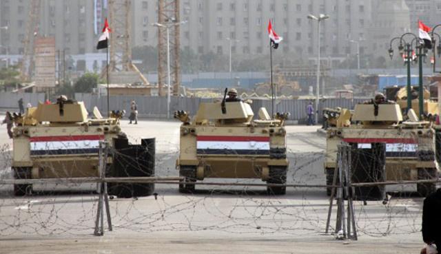 سيناتور أمريكي ضد المساعدات الإضافية للجيش المصري والمانيا تستدعي السفير المصري