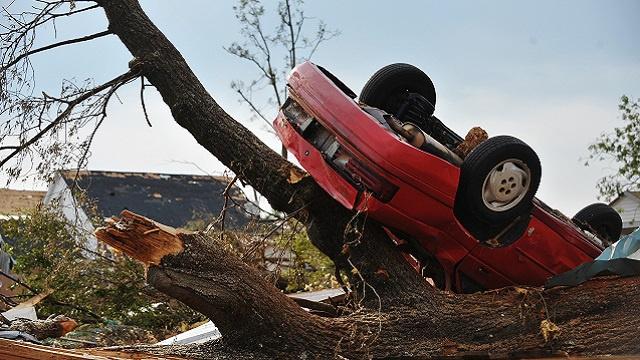 الأعاصير تقتل 17 شخصا في الولايات المتحدة