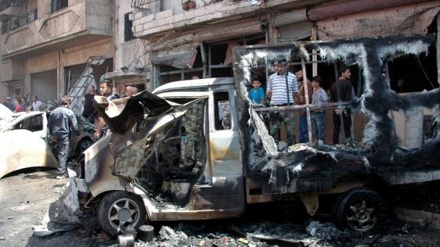 ارتفاع حصيلة ضحايا الانفجار والقصف الصاروخي في حمص الى 100