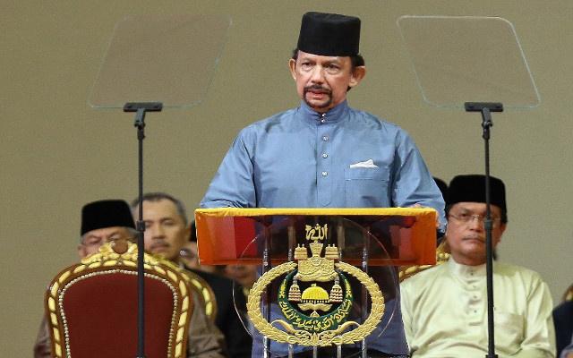 سلطنة بروناي تقرر تطبيق الشريعة في الأحكام الجنائية