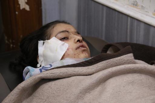 ناشطون: مقتل 18 شخصا بينهم 10 اطفال في غارة للطيران على مدرسة بمدينة حلب