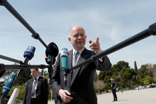 هيغ يحث على الاسراع في التحقيق حول مزاعم استخدام غاز الكلورين في سورية