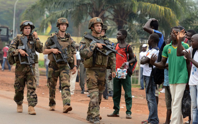 قوة الاتحاد الأوروبي تنتشر في مطار بانغي بإفريقيا الوسطى