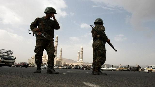 الجيش اليمني يقتل 72 عنصرا من