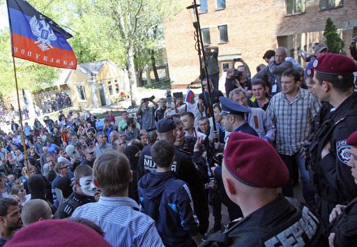 توقعات بمشاركة 60% من الناخبين في الاستفتاء حول سيادة جمهورية دونيتسك