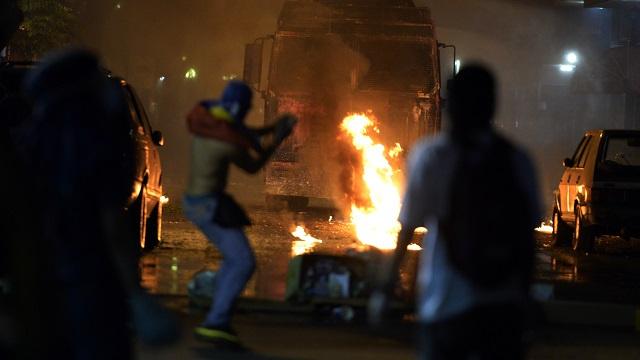 وفد من يوناسور إلى فنزويلا لتسهيل الحوار بين الحكومة والمعارضة