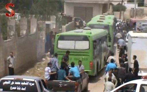 980 شخصا خرجوا من حمص وفق الاتفاق والعملية تنتهي الخميس