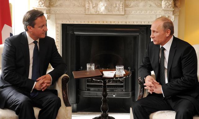 بوتين وكاميرون على ثقة بعدم امكانية تسوية الأزمة الأوكرانية إلا بطرق سلمية