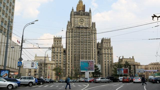 موسكو: تصريحات كييف حول إجراء استفتاء وطني سخرية في ضوء استمرار العملية العسكرية شرق البلاد