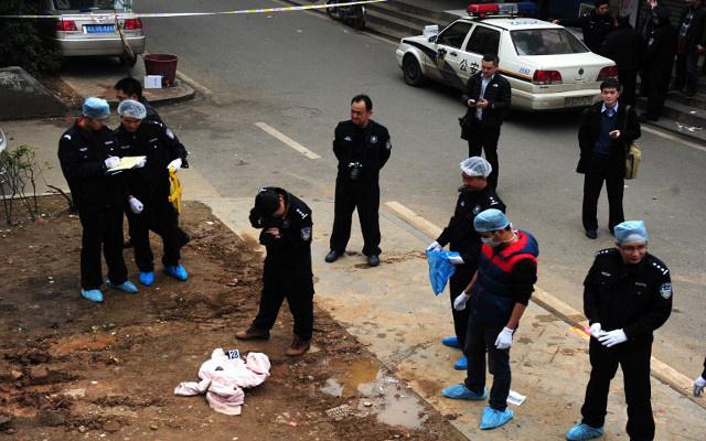 السلطات الصينية: الهجوم على محطة القطار نفذه انتحاريان