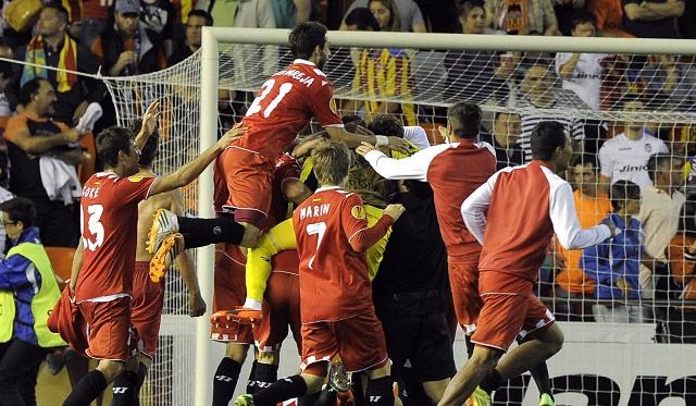 إشبيلية يصعق فالنسيا بهدف قاتل ويتأهل لملاقاة بنفيكا في نهائي الدوري الأوروبي