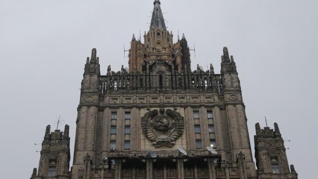 الخارجية الروسية: نظام كييف ينتهك بشكل صارخ التزاماته وفق اتفاقية جنيف