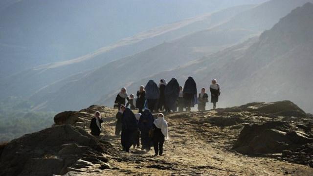 أكثر من 350 قتيلا نتيجة انزلاق أرضي بأفغانستان