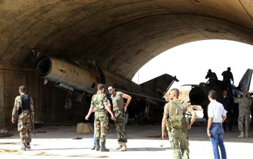 كاميرا RT تتجول في مطار ضمير العسكري بسورية نافية مزاعم سيطرة مسلحين عليه
