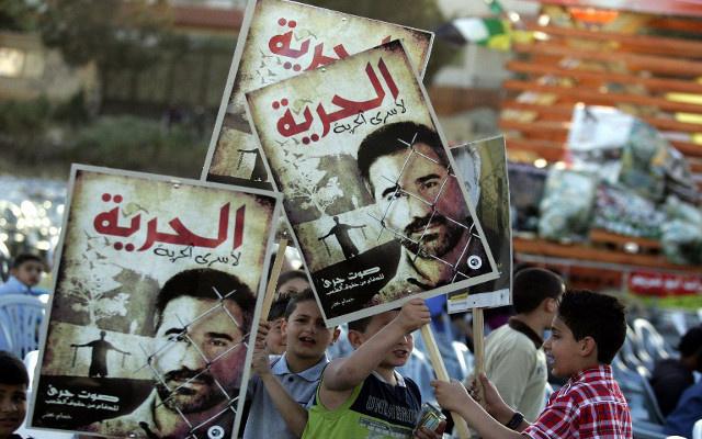 120 معتقلا فلسطينيا يواصلون إضرابهم عن الطعام في السجون الإسرائيلية