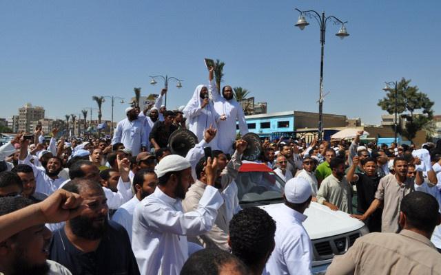حزب النور يدعم السيسي في انتخابات الرئاسة المصرية