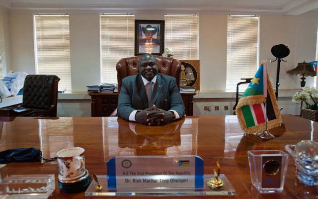زعيم المتمردين يشكك في إمكانية إجراء محادثات مع رئيس جنوب السودان