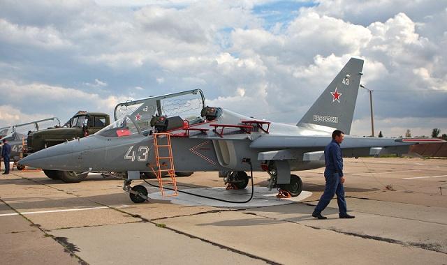 صحيفة: روسيا ستسلم سورية أول دفعة من طائرات