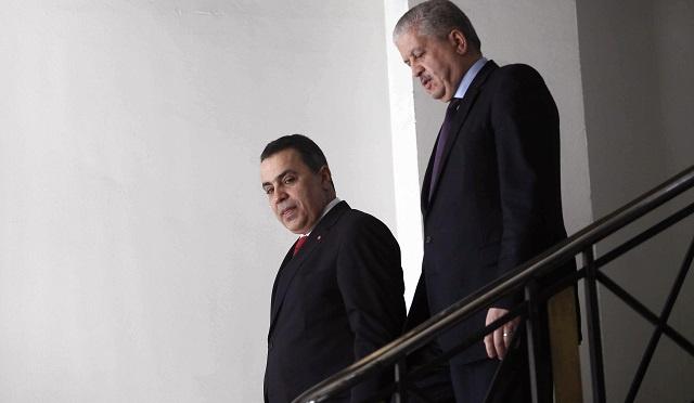 الجزائر تساعد تونس ماليا وتمنحها قرضا ووديعة وهبة