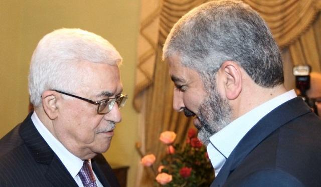 عباس ومشعل يبحثان في الدوحة السبل الكفيلة بتطبيق المصالحة الفلسطينية وإنهاء الانقسام