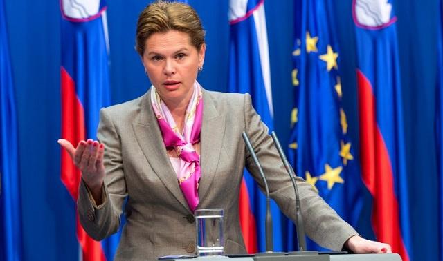 رئيسة وزراء سلوفينيا تفي بتعهدها وتستقيل لإجراء انتخابات مبكرة