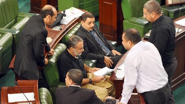 خلاف سياسي حول الفصل أو الجمع بين الانتخابات الرئاسية والبرلمانية التونسية